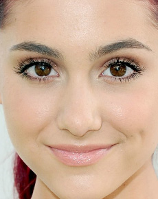butterfly eyes the eyes of ariana grande. Black Bedroom Furniture Sets. Home Design Ideas
