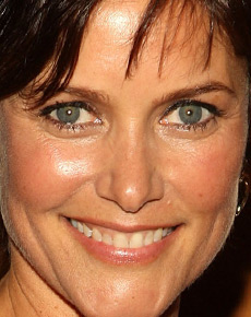 Carey Lowell's eyes