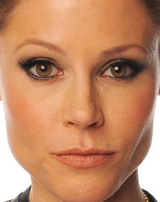 Julie Bowen's Face
