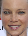 Amy Smart's Face