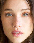 Astrid Berges Frisbey's Face